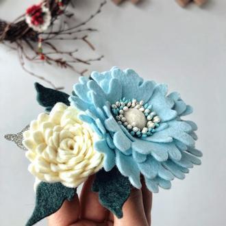 Повязка с цветами из фетра  на голову для девочки