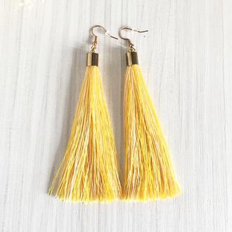 Меланжевые желтые серьги кисточки
