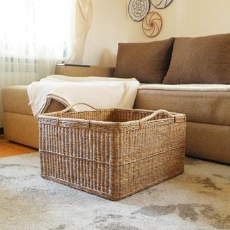 Прямоугольная плетеная корзина