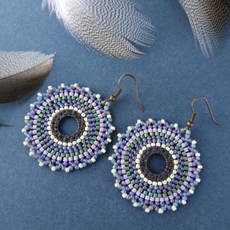 Фиолетовые круглые серьги из бисера с ажуром