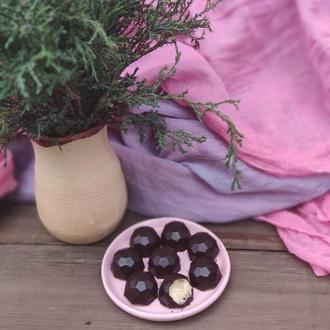 Шоколадные конфеты без сахара с кремом из кешью