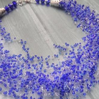 Колье из бисера паутинка синего цвета