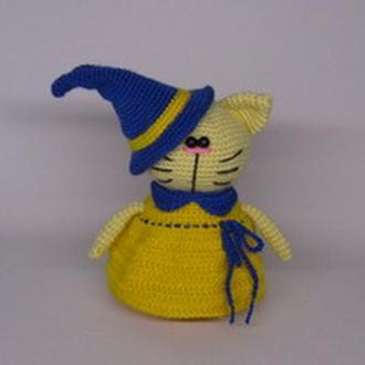 Кошечка в костюме ведьмы вязаная игрушка кошка кот