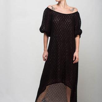 Черное вязаное мохеровое ассиметричное платье-рыбка