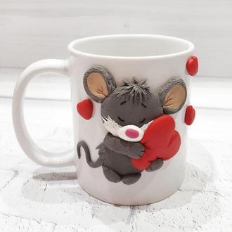 Кружка с декором Мышка с сердцем