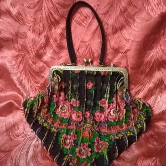 Кожаная сумочка в стиле синель