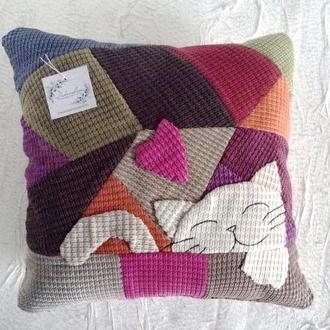 Подушка для дивана в технике пэчворк  декоративная