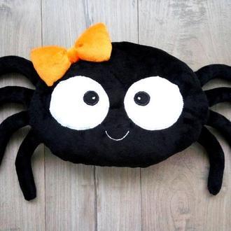 Подушка паук