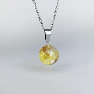 Подвеска-сфера с жёлтым лимониумом. Украшения из цветов. (модель № 2505) Glassy Flowers