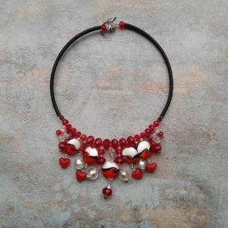 Колье чокер , красное колье , ожерелье с бусинами