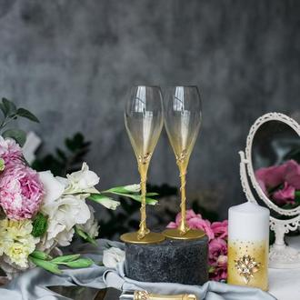 Бокалы на свадьбу Золотой водопад. Свадебные бокалы в золотом цвете