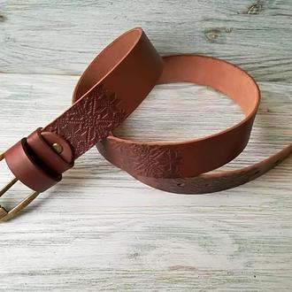 Мужской кожаный ремень коричневая вышиванка  38 мм (пряжка на выбор)