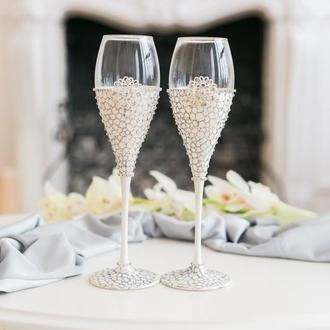 Свадебные бокалы Цветок любви 2 шт. Бокалы на свадьбу в белом цвете с ручной росписью