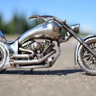 мотоцикл чоппер из нержавеющей стали