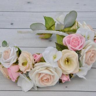 Обруч с цветами в пудровых тонах Украшение в прическу невесты с розами гортензиями