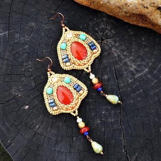 Вышитые бисером серьги в египетском стиле, Бежевые серьги, Серьги с агатом и жемчужинками