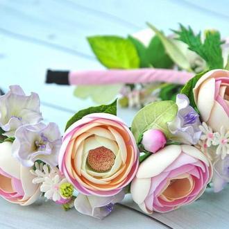 Обруч для волос с цветами в пудровых тонах Ободок с ранункулюсами