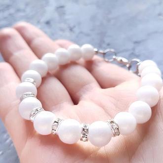 Нежный сияющий браслет из белого жемчуга и кристаллов подарок девушке на день влюбленных