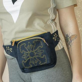 Поясная сумка из Джинсовой ткани с машинной вышивкой
