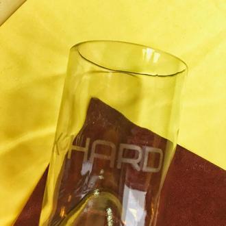 """стакан с надписью """"work hard"""" (надпись не смывается)"""