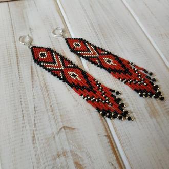 Червоно-чорні бісерні сережки з орнаментом. Етнічні мотиви. Бисерные этнические серьги.