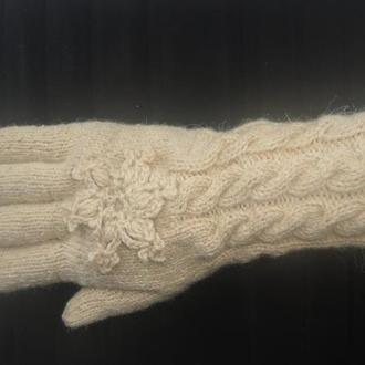 Перчатки из шерсти