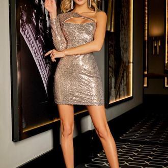 Платье-мини с эффектными вырезами