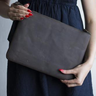 Кожаный чехол для Macbook на молнии коричневый