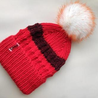 Вязанная шапка с помпоном (искусственный мех)
