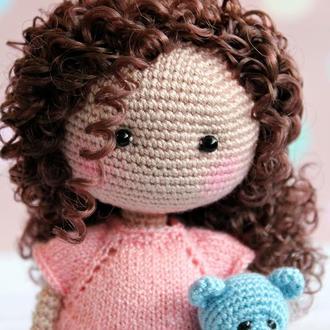 Куколка кудряшка