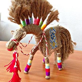 Обереговая кукла –мотанка 🐎« Солнечный конь» из шпагата.