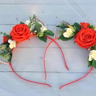 Обруч цветочный с ушками кошечки Красные розы ободок для волос с ушками