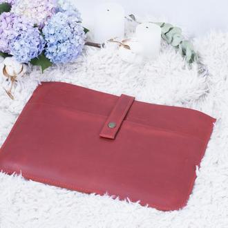 Кожаный чехол для ноутбука на кнопке красный