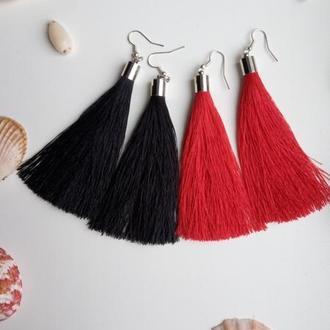 Комплект сережок кісточок чорного та червоного кольору, серьги кисти черные и красные!