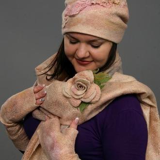 """Комплект """"Розовая мечта"""" шапка,митенки,палантин,брошь 2 шт."""