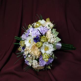 Свадебный букет-дублер с реалистичной ножкой сиреневый с персиковым и молочным