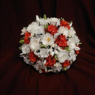 Свадебный букет-дублер молочный с красным