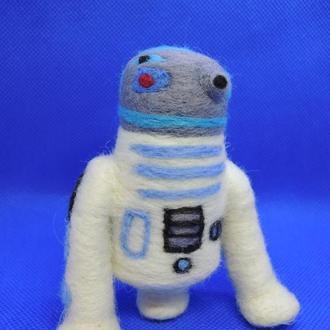 Игрушка робот R2-D2 валяная