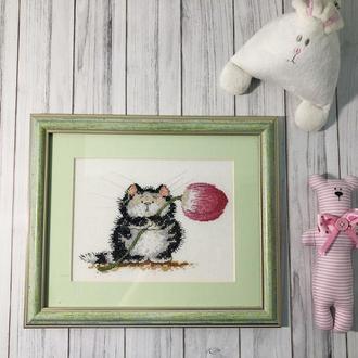 """Вышитая картина """"Котик с тюльпаном"""""""