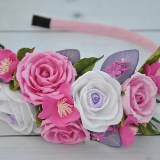 Обруч с цветами розовые белые розы Ободок в прическу с цветами из фоамирана