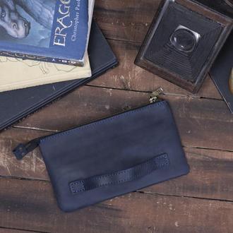Практичный кожаный кошелек с ручкой синий