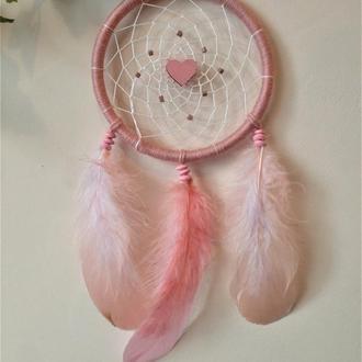 Розовый ловец снов с сердцем