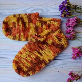 Носки, домашние тапочки-следки крючком