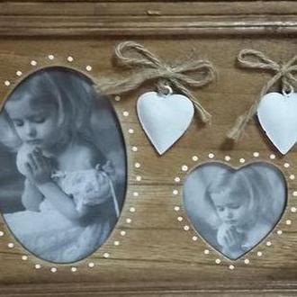 Деревянная фоторамка ручной работы с сердечками