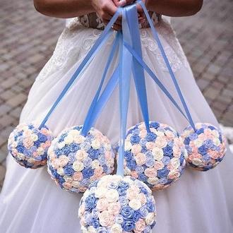 Декор праздника; декоративные шары; украшение; декор на стену; подвесной декор; шары из роз; голубой