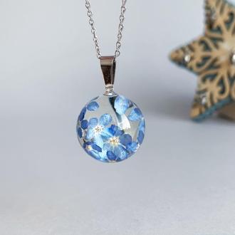 Кулон с голубыми незабудками. Украшения с цветами. Синяя подвеска (модель № 2537) Glassy Flowers