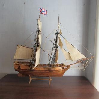"""Модель деревянного корабля """"Феникс"""""""