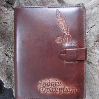 чехлы для ноутбука из кожи,чехол кожаный,подарок шефу,папка-чехол для ноутбука
