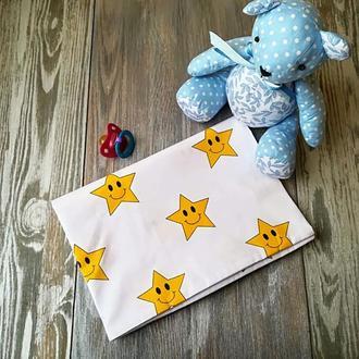 Наволочка желтые звезды на белом фоне с запахом, на детскую подушку  60 *40 см, 100% хлопок