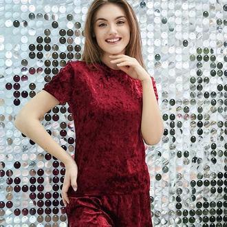 Бордовая женская пижама с шортами из велюра